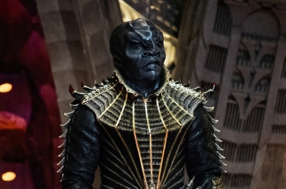 the-star-trek-discovery-trailer-is-out-and-we-hav-2-20879-1495111990-0_dblbig