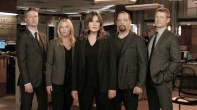 Law & Order SVU new open cast photo chasing demons